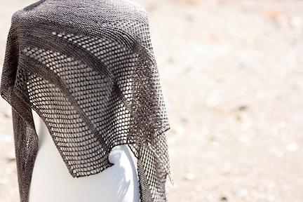 Artesian shawl